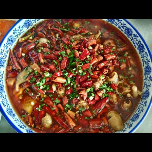 S2. Chicken and Pork Intestines Stew 肥腸雞🌶🌶🌶