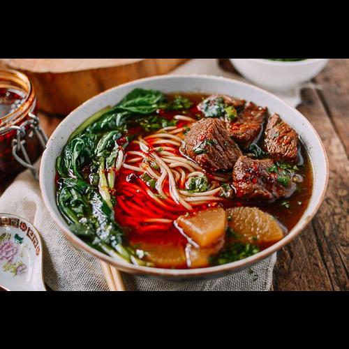 N3. Braised Beef Noodle Soup 紅燒牛肉麵 🌶